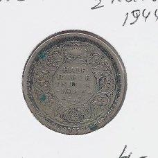 BRITŲ INDIJA 1/2 RUPEE 1944 KM # 552 VF