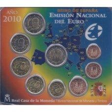 ISPANIJA 2010 m. OFICIALUS EURO MONETŲ RINKINYS SU PROGINE 2 EURŲ MONETA (KORTELĖJE)
