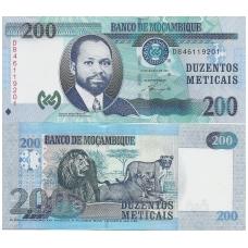 MOZAMBIKAS 200 METICAIS 2011 P # 152 UNC