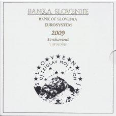 SLOVĖNIJA 2009 m. OFICIALUS EURO MONETŲ RINKINYS SU PROGINE 3 EURŲ MONETA